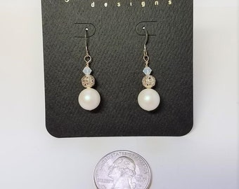 Earrings White Pearlescent & Silver