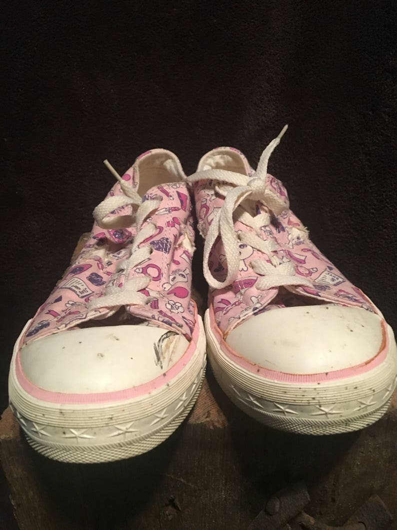 69467389c769 Womens converse one star vintage girls themed low too Chuck