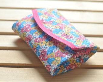 Easy Eco: Reusable Sandwich Wrap--Flower Print
