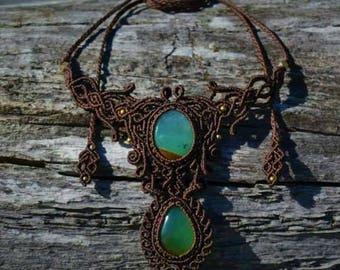 Unique dobble chrysoprase necklace