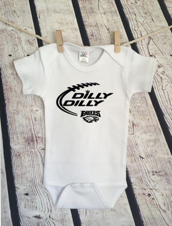 Dilly Dilly Super Bowl Philly Eagles Philadelphia Budweiser  e2c562b69