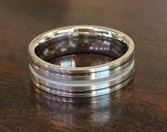 Men's 14k white gold  wedding band (7mm)