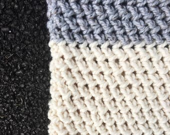 Cowl Infinity Scarf // Chunky // in Grey Marble, Fisherman