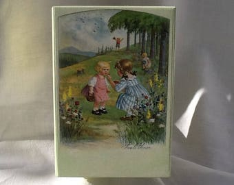 box, wood, vintage postcards, ' 900, kids, flowers, trees, spring, games, friendship, childhood, family, gift, Christmas, birth.