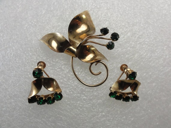 10k Art Nouveau Set Solid Gold Green Glass Brooch
