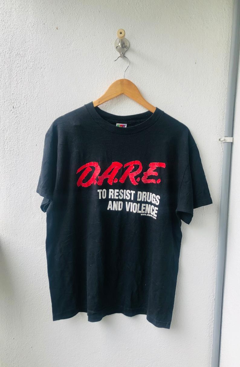 Vintage Original 90\u2019s DARE \u201c Drug Campaign \u201c T-Shirt