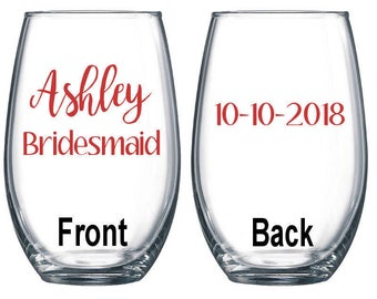 Set of 8 / Personalized Wine Glass / Bachelorette Party / Bridal Party Wine Glasses / Wine Glass / Bridesmaid Gift / Wedding Wine Glasses