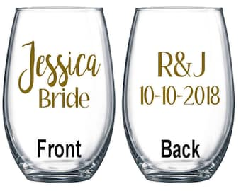 Set of 6 / Personalized Wine Glass / Bachelorette Party / Bridal Party Wine Glasses / Wine Glass / Bridesmaid Gift / Wedding Wine Glasses