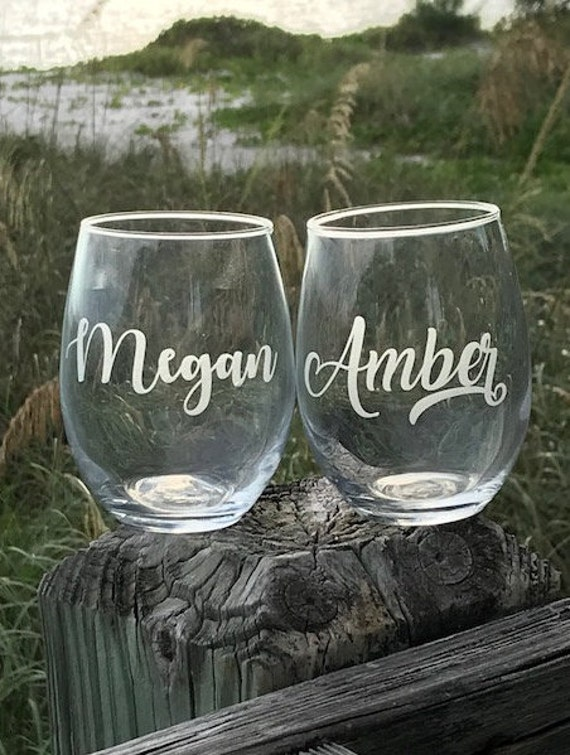 6 Etched Wine Glasses Personalized Wine Glasses Set Of 6 Custom Wine Glasses Bridesmaid Gift Monogram Wine Glass Bridesmaids Gift