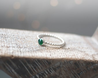 Green Onyx 5mm stud stone stacker ring silver handmade