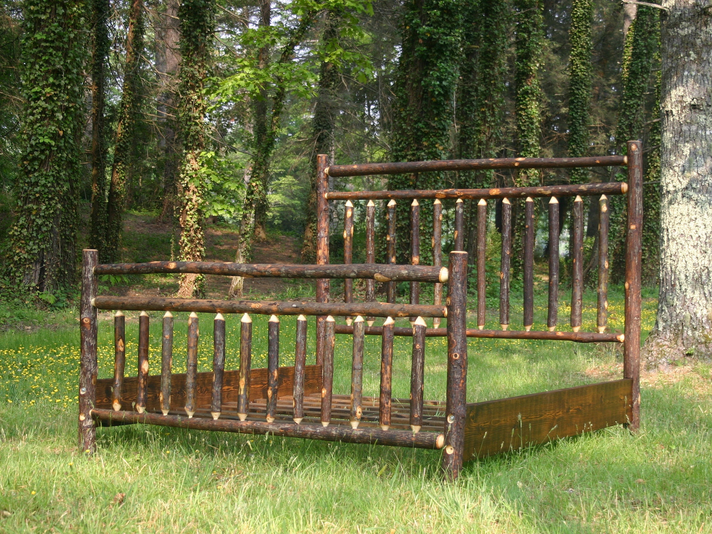 Rustic Hickory Spindle Bed,Size: King,Hickory Furniture Log Bed, Natural  Wood Bed,Cabin Furniture,Lodge Furniture,Rustic Bed,Lodge Furniture