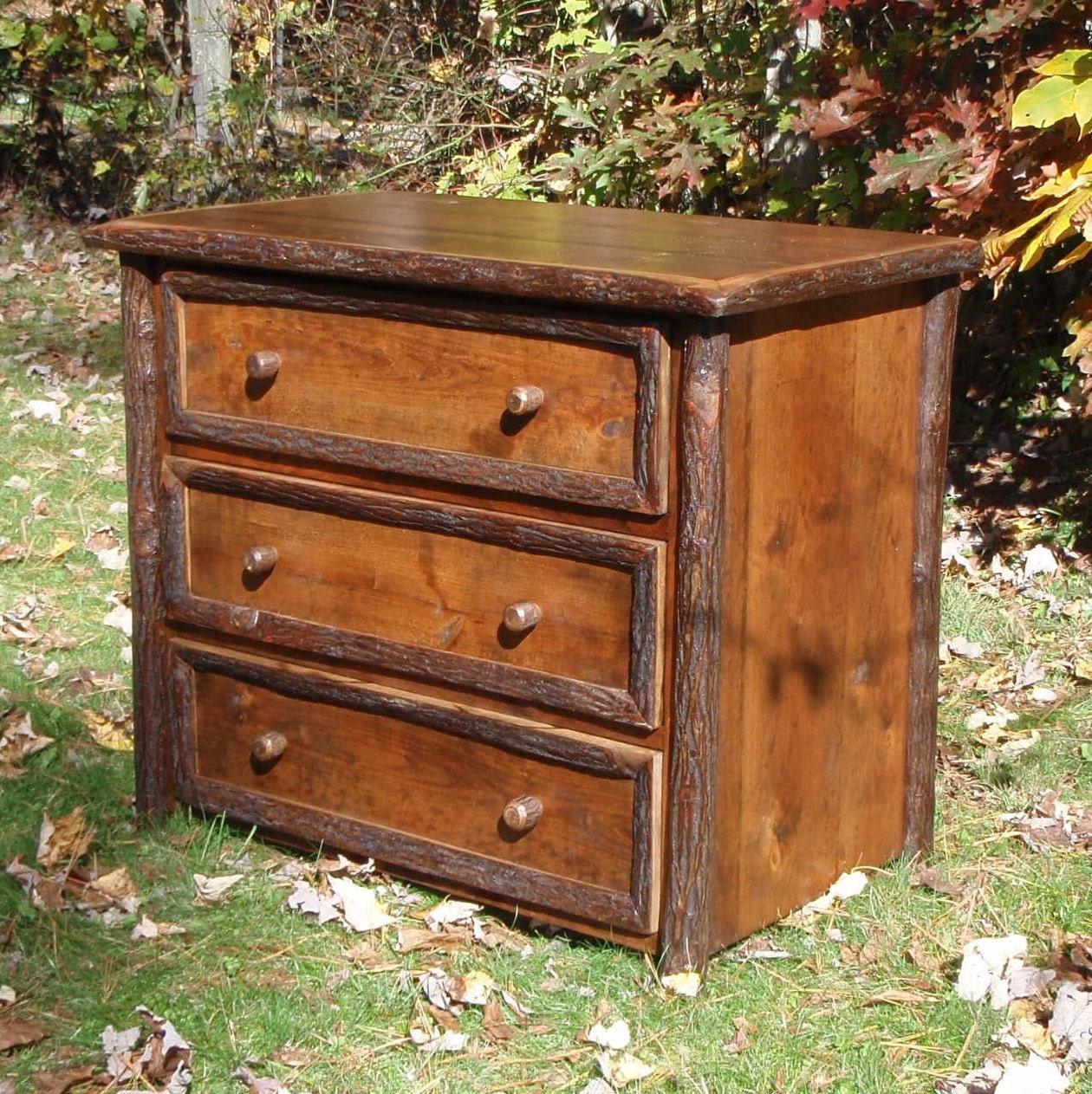 Handcrafted Rustic Dresser-Rustic Furniture-Bedroom ...