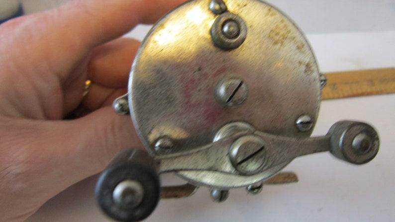 date 1876 /& 1888 Nice Condition! Antique HENDRYX Raised PIllar No 150 Casting Reel Pat