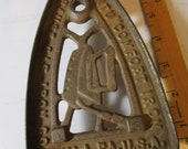 Antique Cast Iron Sad Flat Iron Trivet w Ornate Designs Strause Gas Iron Co. Phil. PA. USA quot I want to quot Comfort Iron