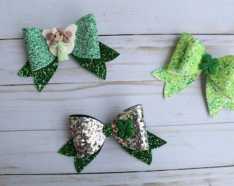 "St. Patrick's Day 5.5"" Glitter Bows"