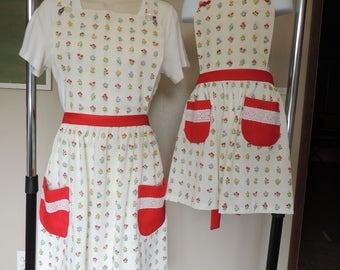 Mommy-and-Me/Grandma-and-me apron set