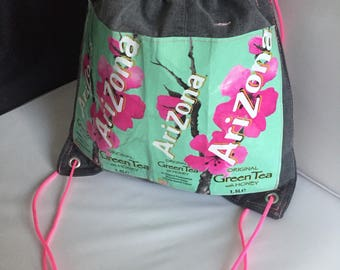 Jeans-Gym-backpack-upcycling AriZona Green Tea with Honey-