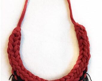 Fringe necklace