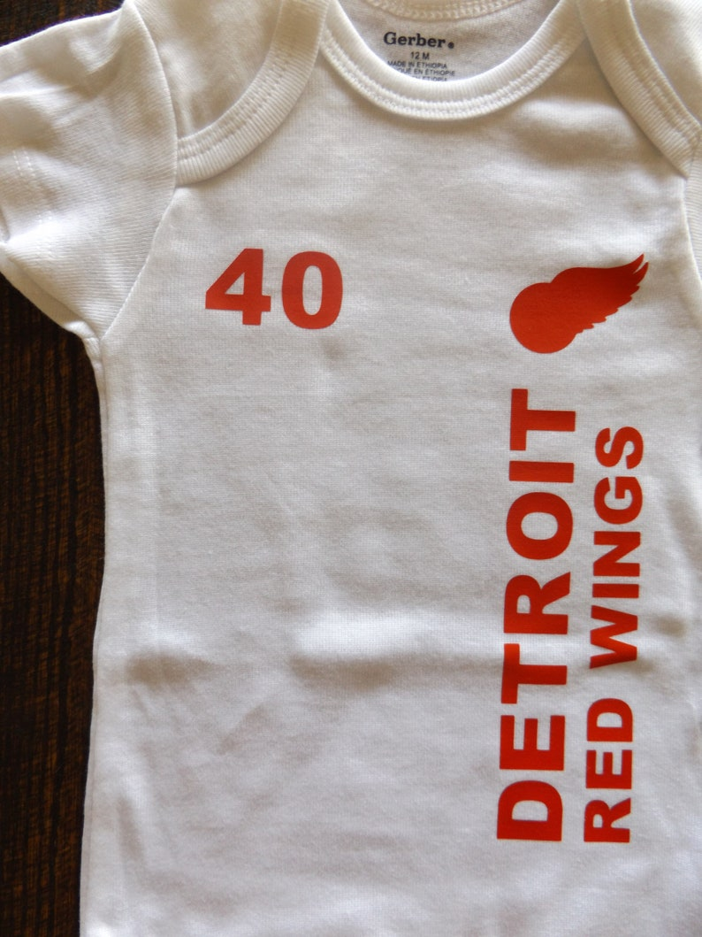 7ef68cc95 Detroit Red Wings Onesie T-shirt Bodysuit Jersey Creeper | Etsy