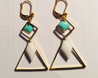 Triangle and sequins enamelled earrings