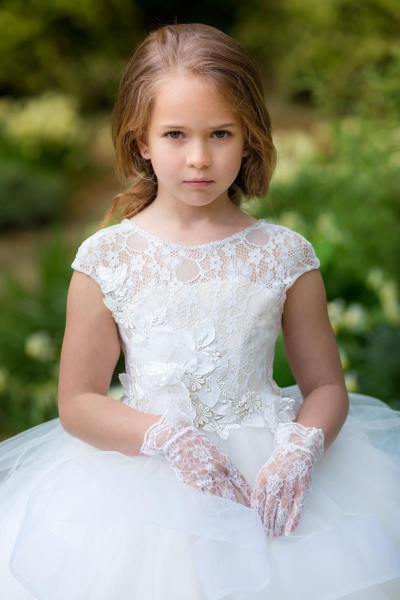 cc07a950511a Avorio fiore ragazza vestito pizzo ragazze matrimonio prima