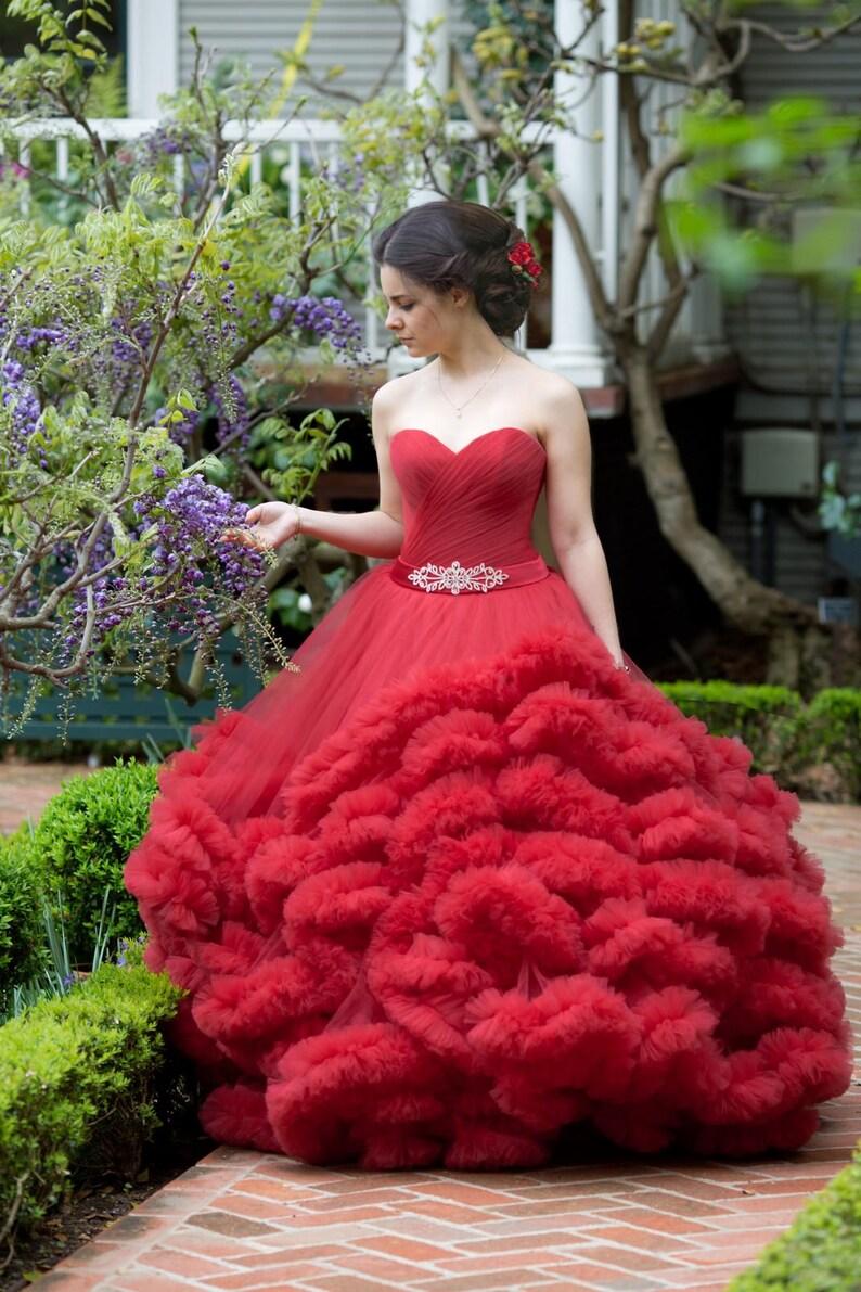 78c2bc595fb67 Rouge robe à volants robe de soirée robe rouge mariage robe de