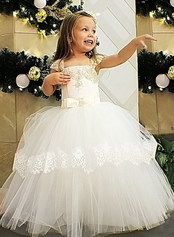 Ivory flower girl dress Tulle Lace girls wedding dress Tutu  c36694dbe152
