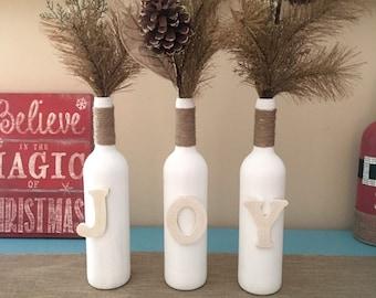 Decor de bouteille de vin de la JOIE, décorations de Noël, décor de Noël de joie, décor de Noël rustique, vin bouteille maîtresses, affichage de la Table