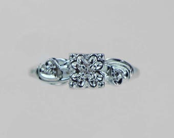 Vintage 1950s Diamond Engagment Ring With Floral Design .03ct