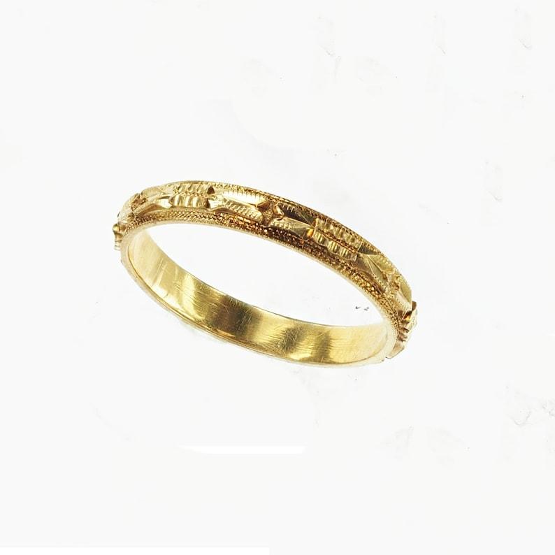 Vintage 1940\u2019s Engraved 14k Yellow Gold Milgrain Stackable Ring