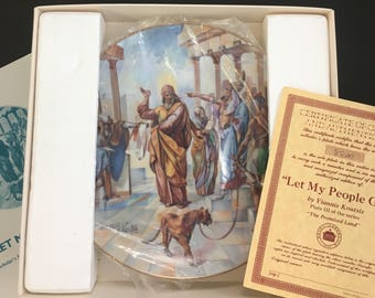 "1979 Royal Cornwall Porcelain ""Let My People Go"" Plate with Gold Trim & Certificates"