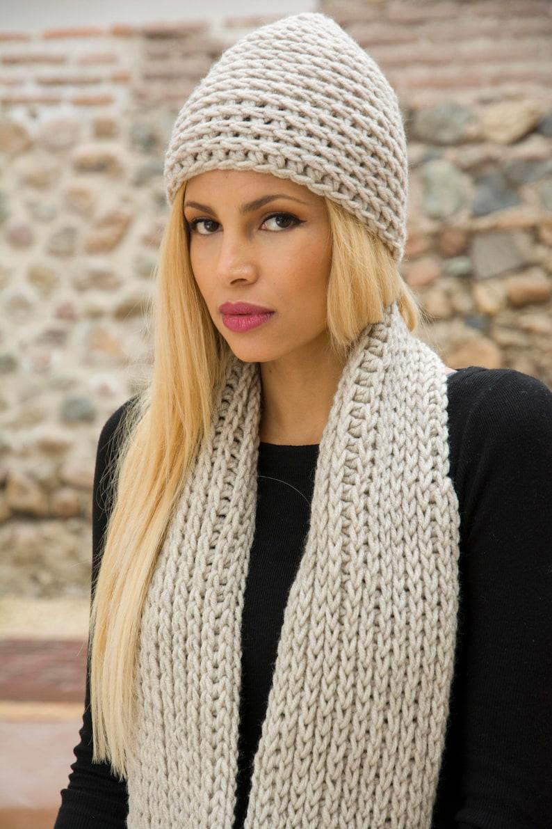 The Marlen Hat Easy Beginner Winter Chunky Crochet Ladies  559f4eca7ef