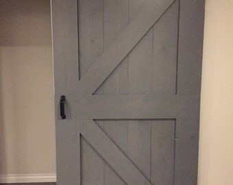 Indoor barn door