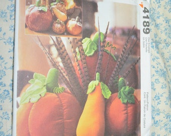 McCalls 4189 Pumpkins and Gourds Sewing Pattern - UNCUT Decorative Autumn Fall Stuffed Pumpkins and Gourds