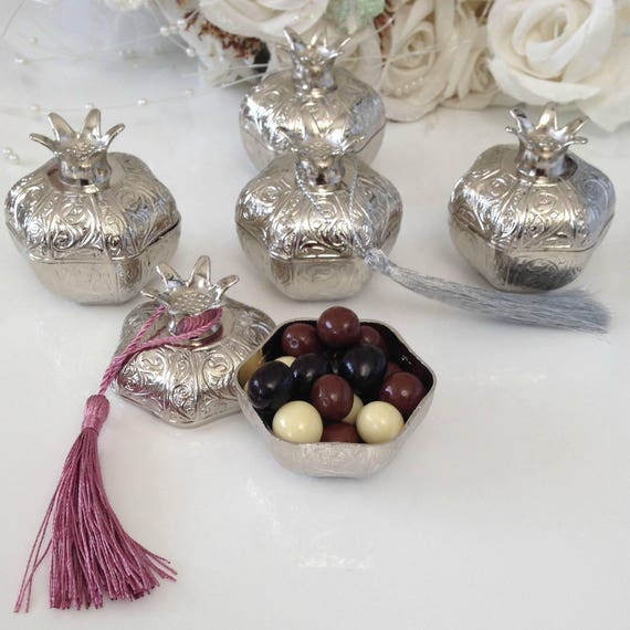 Elegant Wedding Gift Ideas: Pomegranate Wedding Favors For Guests Personalized Elegant