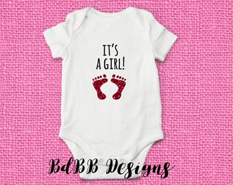 It's a GIRL! Baby Onesie / Hospital Outfit Girl / Gender Reveal Girl / Girl Take Home Outfit / Bringing Home Baby / Newborn Girl Clothes