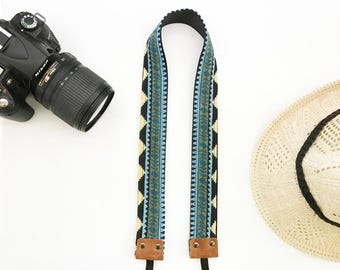 NuovoDesign 'collar' geometric camera strap for DSLR and mirrorless