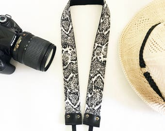 NuovoDesign must have 'decent' camera strap for DSLR and mirrorless