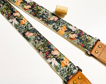NuovoDesign Woodland Guitar strap, free tie string and end pin, vegan leather