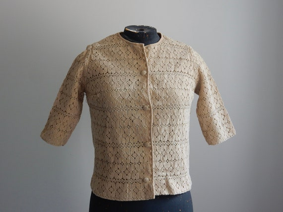 1930s sand-colored crochet cardigan