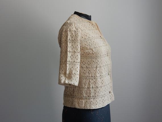 1930s sand-colored crochet cardigan - image 2