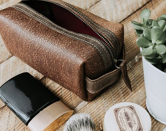 9c53fb6955 MONOGRAMMED Dopp Kit Mens Leather Shaving Kit Distressed Leather Toiletry  Bag Mens Grooming Personalized Gift For Him