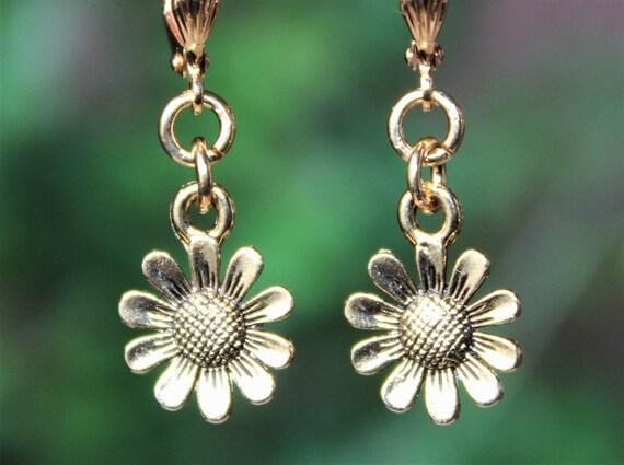 Green and Gold Flower Earrings Green Filigree Earrings Vintage Style Earrings Hand Painted Flower Earrings Floral Dangle Earrings