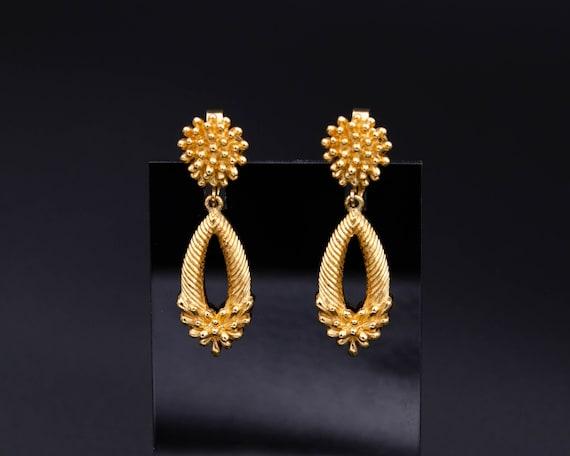 Trifari earrings Non pierced earrings Long teardro
