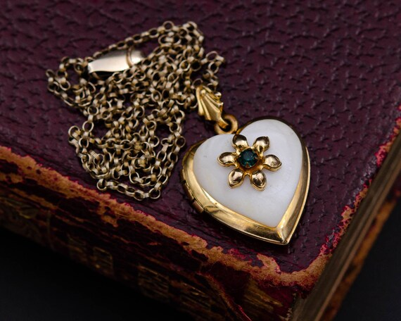 Mother of pearl locket Gold heart locket necklace… - image 1