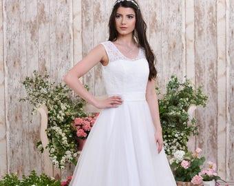 Romantic beach wedding dress
