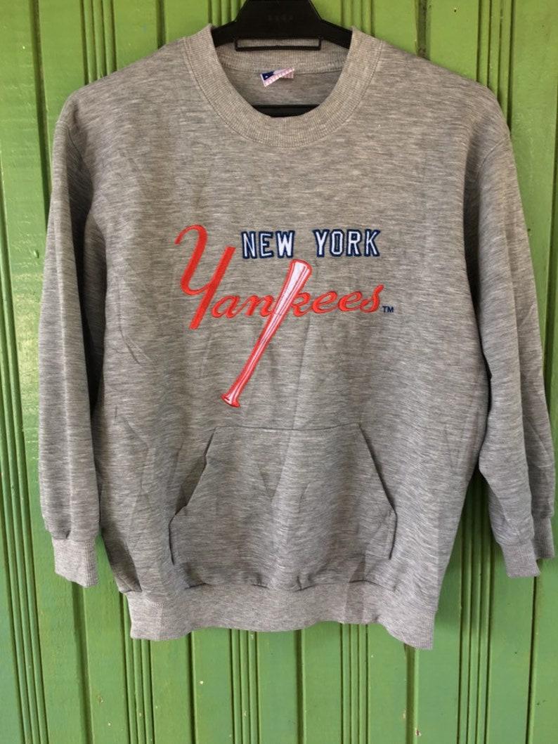 newest eec30 7b165 new york yankees baseball crewneck sweatshirt Medium