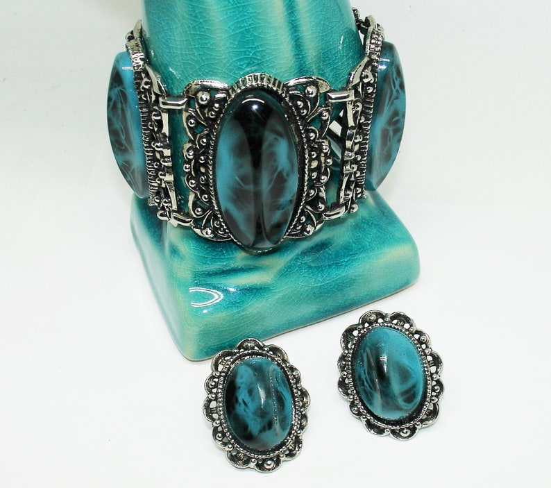 Vintage Thermoset Jewelry Set Mid Century Vintage 1960s Marbled Turquoise Cuff Bracelet /& Earrings