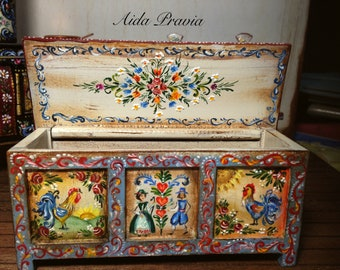 Baùl 1/12. Hand Painted Furniture