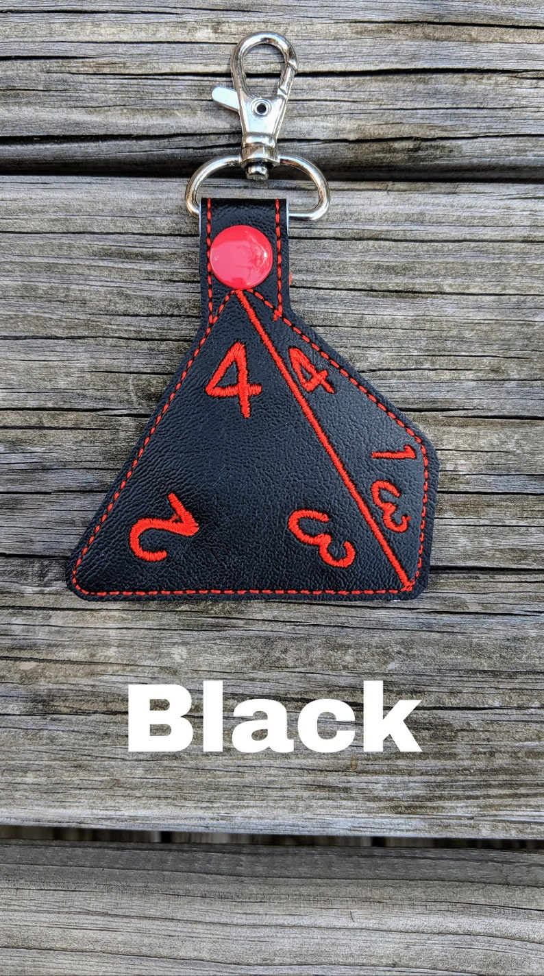 Dice Keychain 4-Sided die D&D Keychain 4-sided dice Board Black